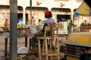 Kleine verkopers in Brikama