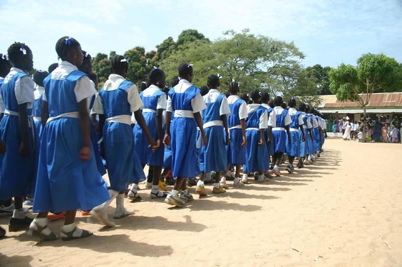 Schoolklas bij het schoolfeest