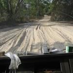 De weg die de vrachtwagen moest rijden