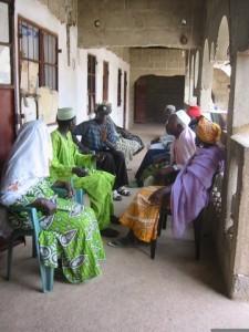Een rechtszitting in het dorp