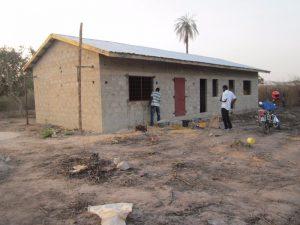 Kleuterschool Fullakunda in aanbouw