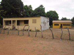 Oude(r) en toekomstige gezondheids centrum Katack