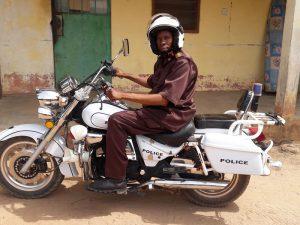 het hoofd van politie en douane in Darsilami